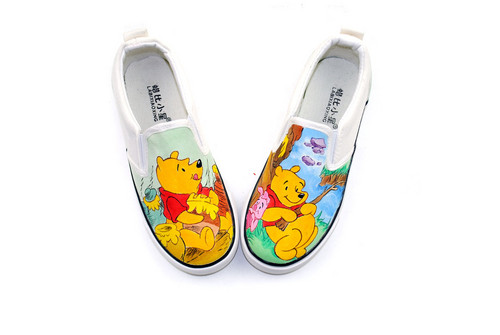 Winnie l'ourson fond d'écran entitled Winnie the Pooh cute shoes