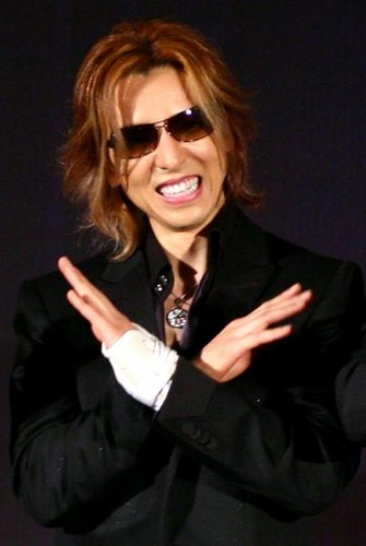 X Japan wallpaper containing a business suit, sunglasses, and a well dressed person entitled Yoshiki