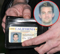 driver's license - matthew-perry photo