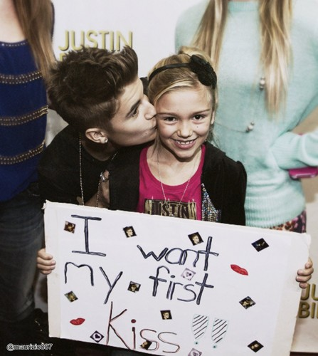 justin,meet & greet,i want my first kiss!