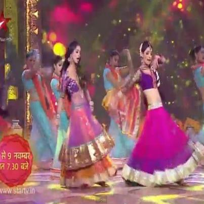 kushi & jeevika on তারকা diwali