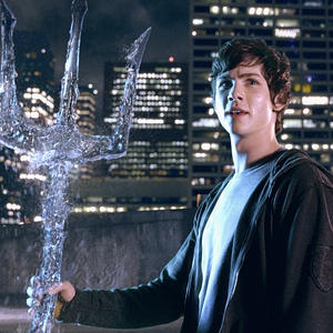Fan Camp Half-Blood wallpaper containing a fountain entitled percy jackson