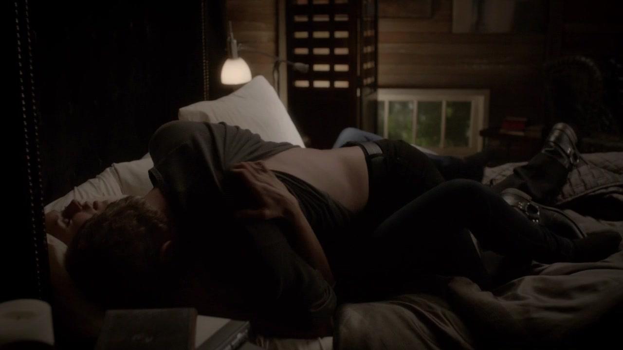 Nina Dobrev And Paul Wesley Kissing In Real Life