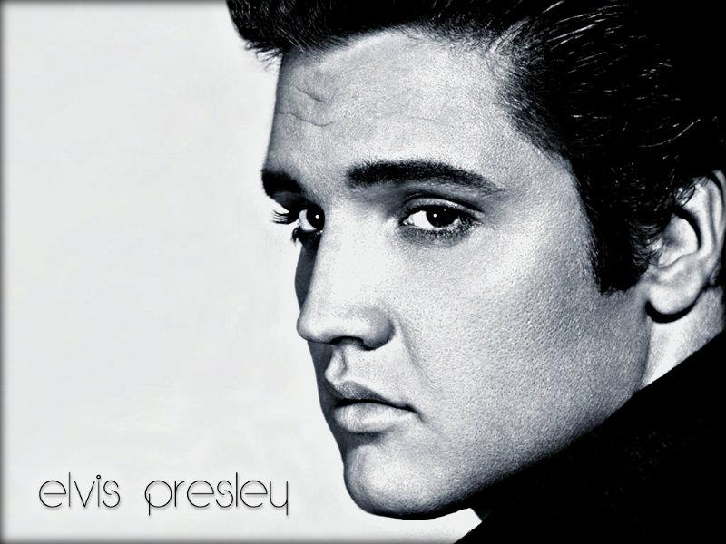Elvis-elvis-presley-32782344-800-600.jpg