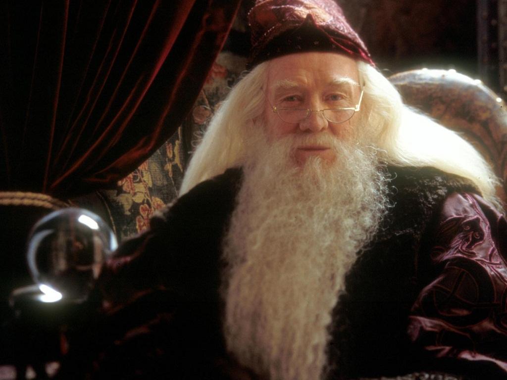 Albus dumbledore wallpaper hogwarts professors wallpaper for Name of dumbledore s wand