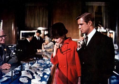 Breakfast At Tiffany's wallpaper titled Audrey Hepburn – Breakfast at Tiffany's
