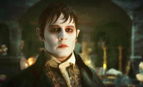 Tim Burton's Dark Shadows 바탕화면 containing a business suit entitled Barnabas ♥