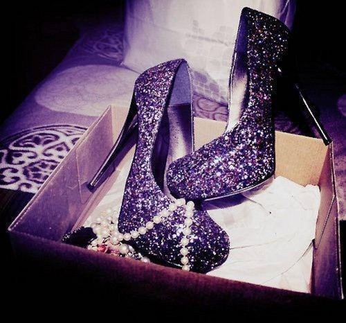 Beautiful, Purple Glitter Heels!!!! =O
