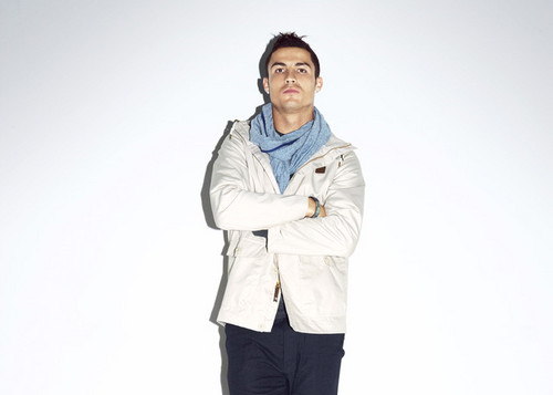"CR7 Nike: ""Love to win,Hate to lose"" - cristiano-ronaldo Photo"