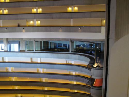 Catching fuoco set in the interior of the Atlanta Marriott Marquis hotel