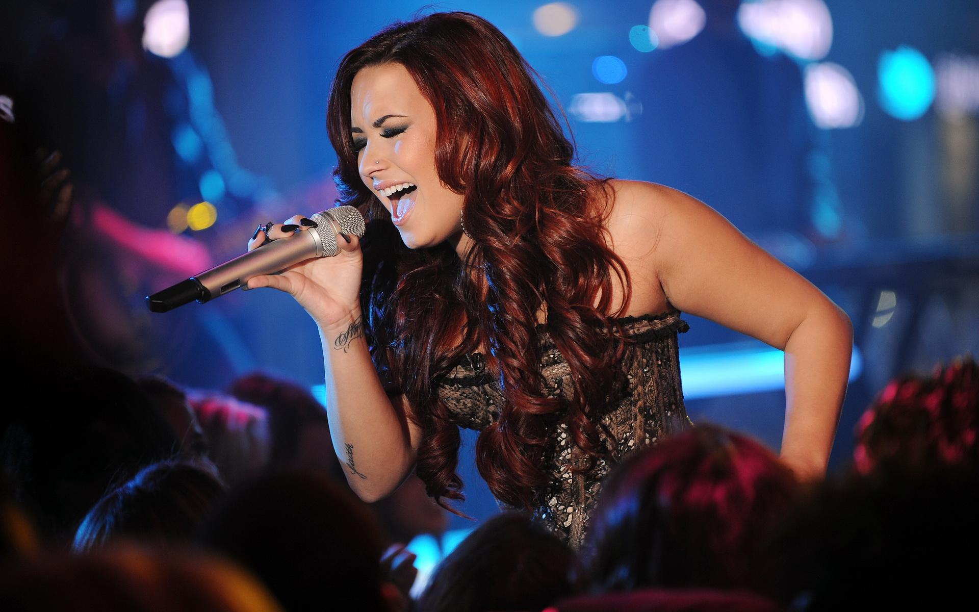 Demi Lovato Heart Lyrics