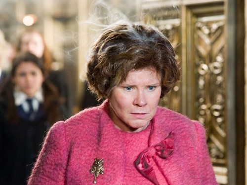 Dolores Umbridge 바탕화면
