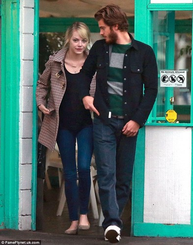 Emma and Andrew have тако lunch date, 9 November