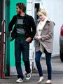 Emma and Andrew have taco lunch date, 9 November - emma-stone photo