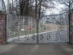 elvis presley fondo de pantalla titled Graceland Gates