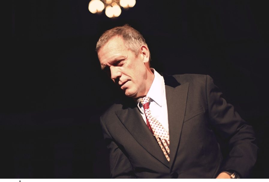 Hugh Laurie- Great American musique Hall - San Francisco (05/27/2012)