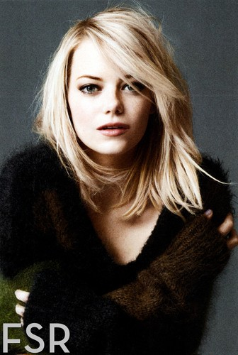 Emma Stone پیپر وال possibly with a portrait called InStyle USA photoshoot - December 2012 issue