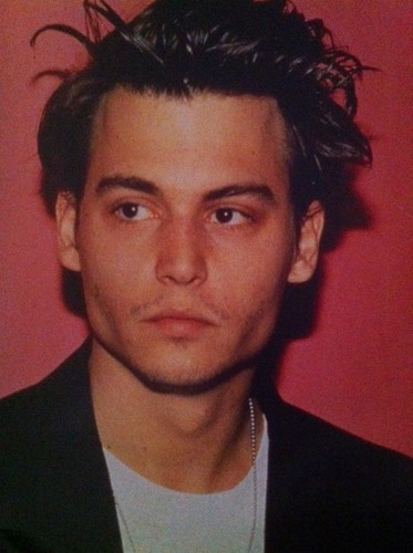 Johnny Depp Hintergrund probably with a business suit and a portrait called Johnny Depp
