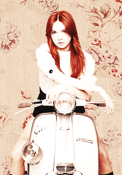 Amy Pond پیپر وال possibly containing a motor scooter entitled Kazza Fanart!