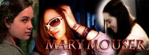 Mary Mouser Cover foto