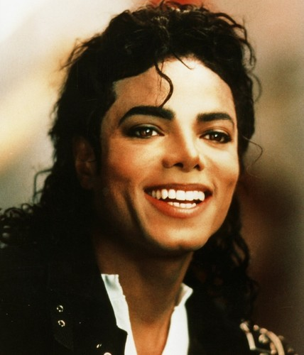 Michael Jackson Hintergrund containing a portrait entitled Michael ♥