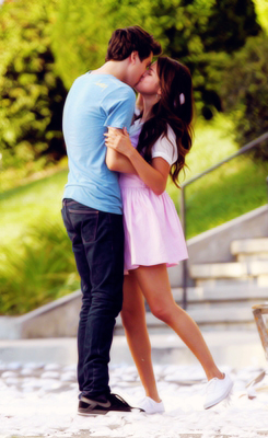 Nat Wolff/Selly Gomez ' Parental Guidance Suggested '