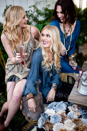 New fotografias of Candice for Show Me Your Mumu's 2012 Holiday Collection.