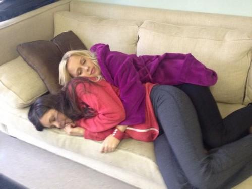 Nina & Claire