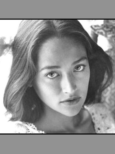 Olivia Hussey - Young (Same Photo, different angles)
