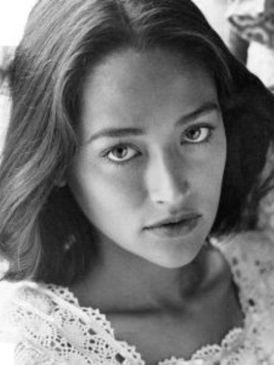 olivia hussey and leonard whiting relationship quiz
