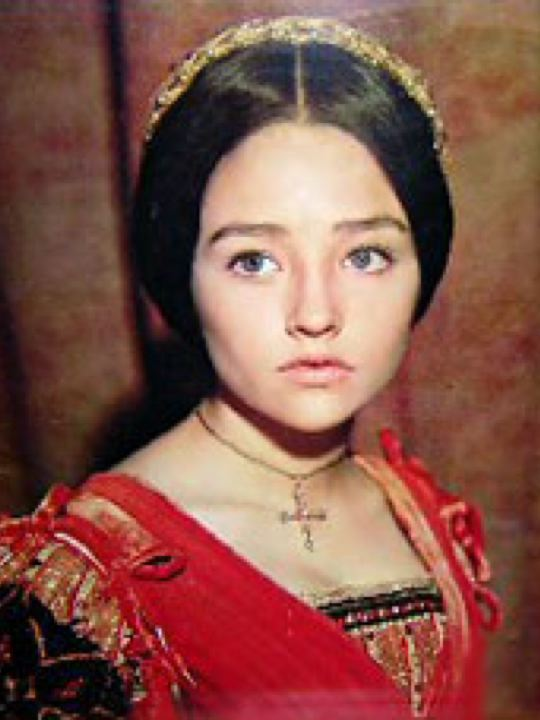 olivia hussey and leonard whiting married