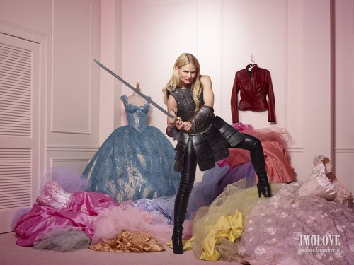 Once Upon a Time - Season 2 - Cast Promo Photos- Emma angsa, swan