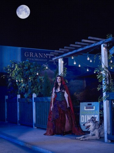 Once Upon a Time - Season 2 - Cast Promo Photos- Red Riding mui xe