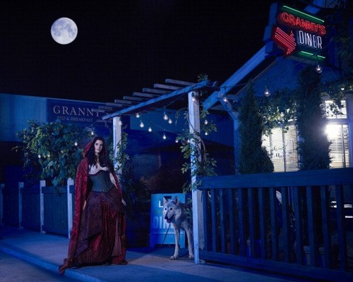 Once Upon a Time - Season 2 - Cast Promo Photos- Red Riding капот, худ