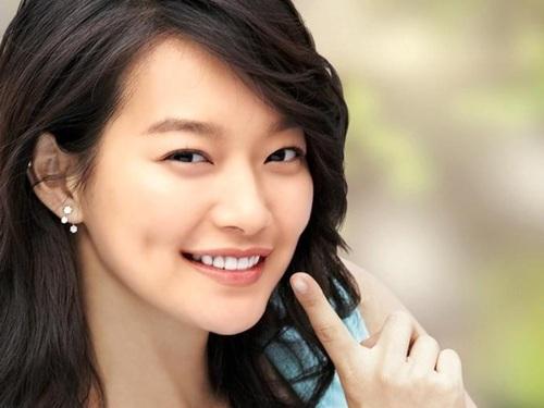 Shin Min Ah