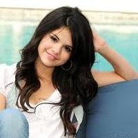 Simply Gomez(:♥