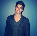 Siva Kaneswaran x - the-wanted photo