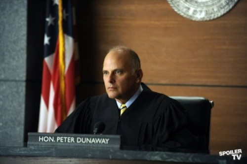 The Good Wife - Episode 4.08 - Here Comes the Judge - Promotional litrato