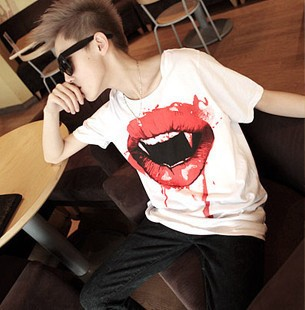 Twilight bleeding lip short sleeve T 셔츠