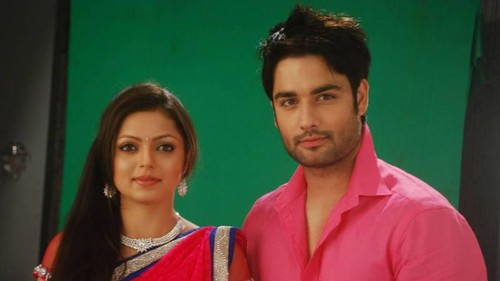 Vivian Dsena Hintergrund containing a portrait titled Vivian and Drashti