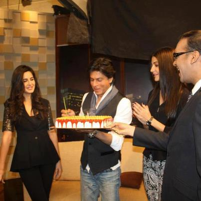 celebrating srk birthday