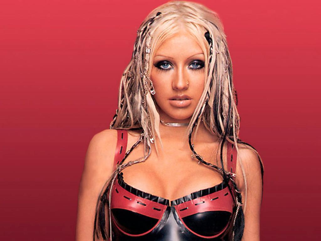 Christina Aguilera* Christina Aguillera - Genie In A Bottle (Drum & Bass Remix)