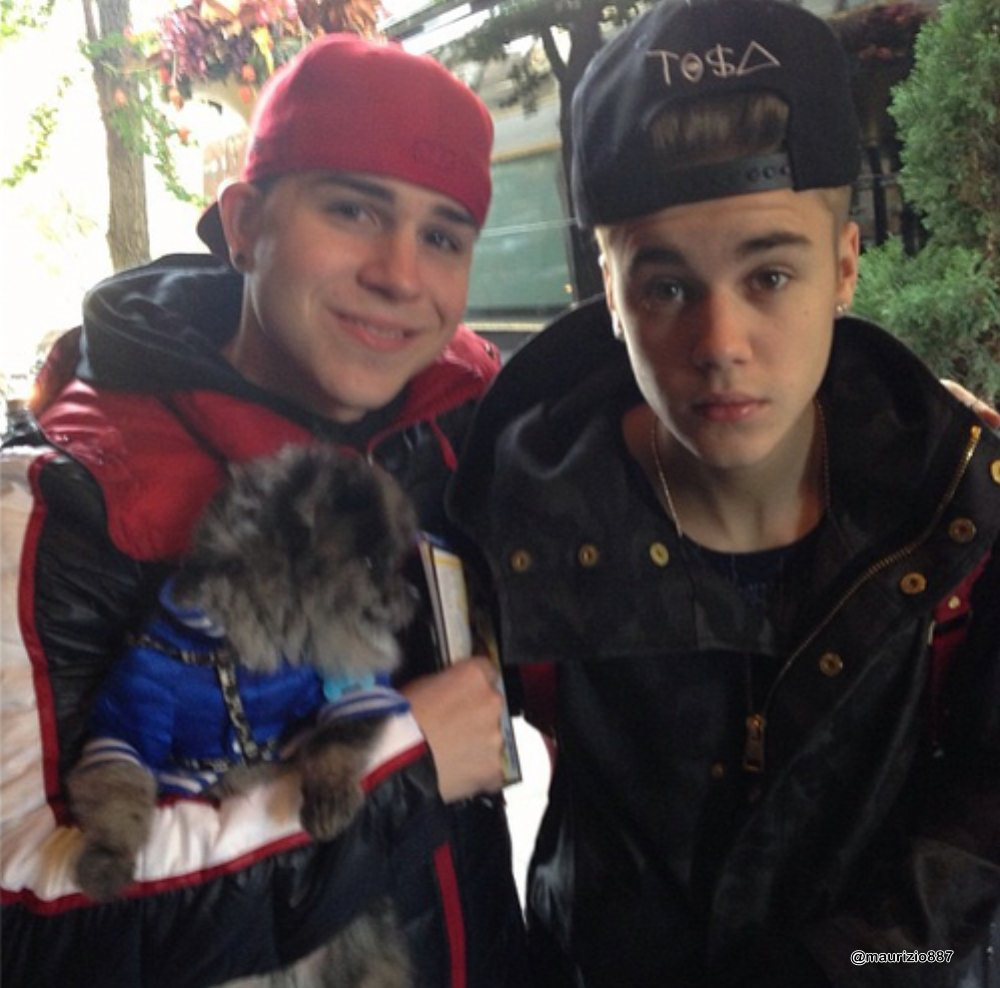 Who is bieber dating 2013