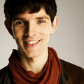 Quem matou Collete Delacourt? - Página 3 Merlin-merlin-on-bbc-32746673-120-120