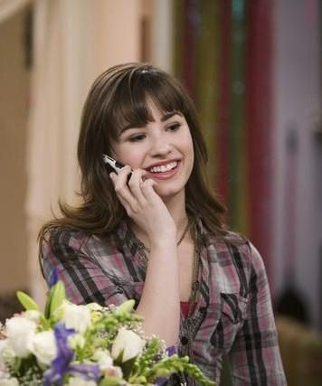 Sonny Munroe wallpaper titled sonny(demi)