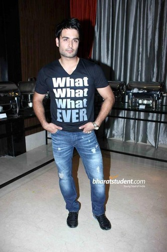 vivian@Uttaran 1000 Episode Celebration Party