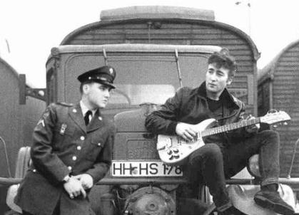 ★ Elvis & John Lennon ☆