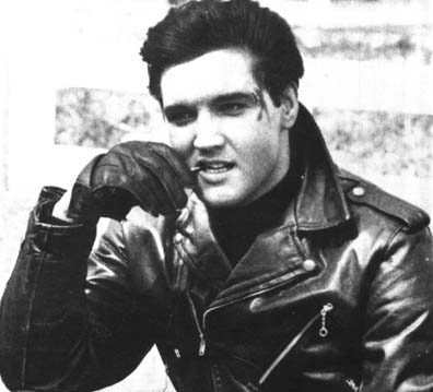 Elvis Presley Hintergrund possibly containing a green beret, a rifleman, fatigues, ermüden, and ermüdet titled ★ Elvis ☆