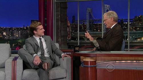 Late tunjuk with David Letterman - Screencaptures [HQ]