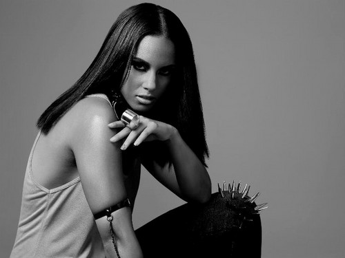 Alicia Keys wallpaper possibly containing skin entitled Alicia